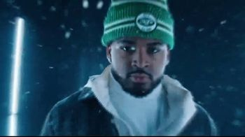 New Era TV Spot, 'NFL: 2019 Cold Weather Knit Collection' Feat. Jimmy Garoppolo, Song by EARTHGANG - Thumbnail 7