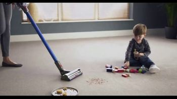 Dyson V11 TV Spot, 'Twice the Suction'