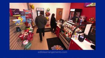 Edible Arrangements TV Spot, 'Treat Yourself' - Thumbnail 4