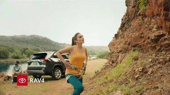 2019 Toyota RAV4 TV Spot, 'Mosquetones' [Spanish] [T2] - Thumbnail 1