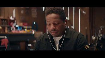 Audible Inc. TV Spot, 'Glen' - Thumbnail 7