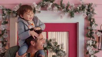 Target TV Spot, 'Holiday: prueba Shipt por 4 semanas gratis' canción de Danna Paola [Spanish] - Thumbnail 7
