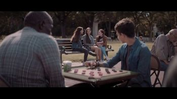 Extra Refreshers Gum TV Spot, 'Max & Bill: Introduction' Song by Jacob Banks - Thumbnail 2