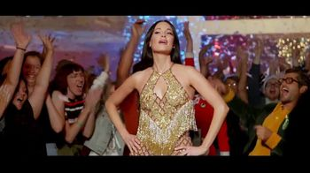 Amazon Prime Video TV Spot, 'The Kacey Musgraves Christmas Show' Song by Kacey Musgraves - Thumbnail 6