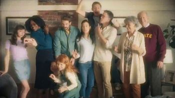 Rocket Mortgage TV Spot, 'More Than a Family Picture' Song by Bob Dylan - Thumbnail 5