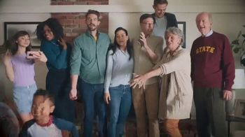 Rocket Mortgage TV Spot, 'More Than a Family Picture' Song by Bob Dylan - Thumbnail 7