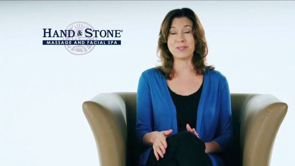 Hand & Stone Black Friday Weekend Event TV Commercial, 'Jacki Testimonial'