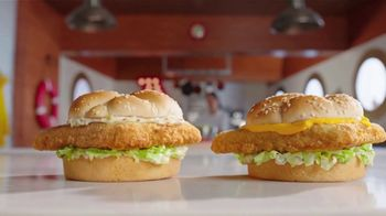 Arby's 2 for $6 Fish Sandwiches TV Spot, 'Versus Filet-O-Fish' Song by YOGI - Thumbnail 7
