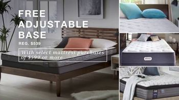 Macy's Presidents Day Sale TV Spot, 'Super Buys: Furniture and Beds' - Thumbnail 6