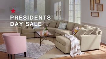 Macy's Presidents Day Sale TV Spot, 'Super Buys: Furniture and Beds' - Thumbnail 1