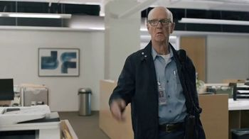 GEICO TV Spot, 'The Gecko Stays Late at Work' - Thumbnail 5