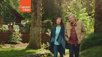 Consumer Cellular TV Spot, 'Cabin: Switch and Get $50' - Thumbnail 8