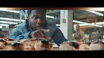 Chase Freedom Unlimited Card TV Spot, 'With Freedom Unlimited, You're Always Earning at the Bakery' Featuring Kevin Hart