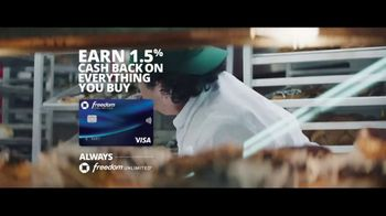Chase Freedom Unlimited Card TV Spot, 'With Freedom Unlimited, You're Always Earning at the Bakery' Featuring Kevin Hart - Thumbnail 8