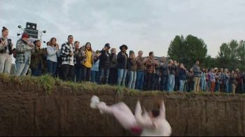 Snickers TV Spot, 'Fix the World' Featuring Luis Guzman - Thumbnail 10