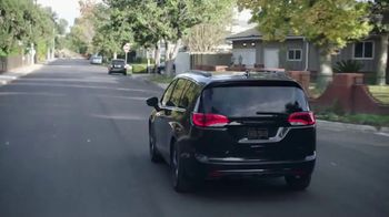 Chrysler Pacifica TV Spot, 'Sesame Street: Come Together' [T1] - Thumbnail 4
