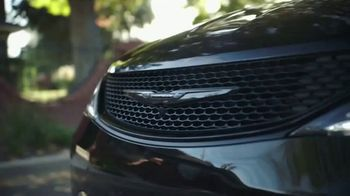 Chrysler Pacifica TV Spot, 'Sesame Street: Come Together' [T1] - Thumbnail 5