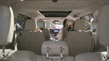 Chrysler Pacifica TV Spot, 'Sesame Street: Come Together' [T1] - Thumbnail 8
