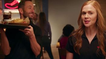 Chili's Chicken or Shrimp Fajitas TV Spot, 'Go Out to 'Ita' - 3233 commercial airings