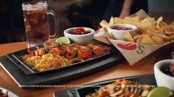 Chili's Chicken or Shrimp Fajitas TV Spot, 'Go Out to 'Ita' - Thumbnail 6