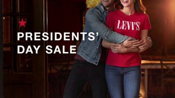 Macy's Presidents Day Sale TV Spot, 'Coats, Boots and Sheets' - Thumbnail 1