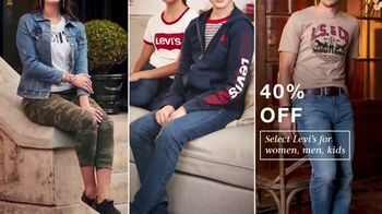 Macy's Presidents Day Sale TV Spot, 'Extra 20%, Levi's and Sectional' - Thumbnail 4