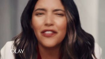 Olay Wrinkle Correction Serum TV Spot, 'Extra Boost of Life' Featuring Denise Bidot - Thumbnail 6