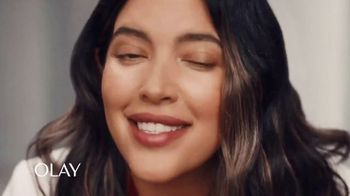 Olay Wrinkle Correction Serum TV Spot, 'Extra Boost of Life' Featuring Denise Bidot - Thumbnail 8