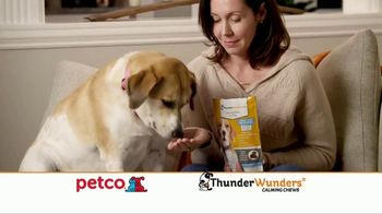 ThunderWunder Calming Chews TV Spot, 'Relaxed Bob: Chill' - Thumbnail 4
