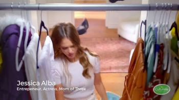 Culturelle TV Spot, 'Kids Shoes: Baby' Featuring Jessica Alba - Thumbnail 3