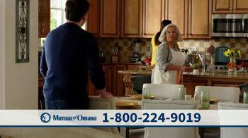 Mutual of Omaha TV Spot, 'Las madres saben que es lo mejor' [Spanish] - Thumbnail 4