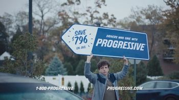 Progressive TV Spot, 'Sign Spinner: Dad' - Thumbnail 7