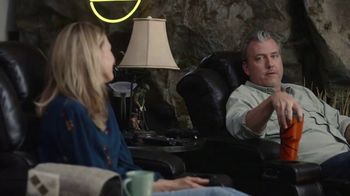 GEICO TV Spot, 'Man Cave' - Thumbnail 3