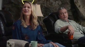 GEICO TV Spot, 'Man Cave' - Thumbnail 6
