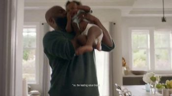 Pampers TV Spot, 'Discovery' - Thumbnail 9
