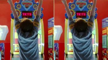 Peter Piper Pizza Double Up 2020 Deal TV Spot, 'Doubly Delicious' - Thumbnail 6