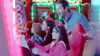 Peter Piper Pizza Double Up 2020 Deal TV Spot, 'Doubly Delicious' - Thumbnail 7