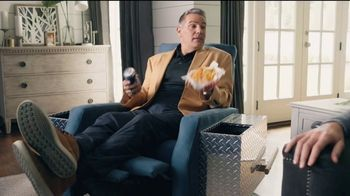 Lowe's TV Spot, 'Rod Pod: Kobalt Tool Set' Ft. Kurt Warner, Rodney Harrison, Chris Simms - Thumbnail 7