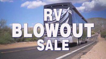 La Mesa RV Blowout Sale TV Spot, '2019 Hymer Aktiv Loft 2.0' - Thumbnail 8