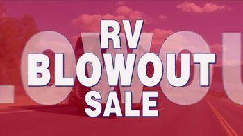 La Mesa RV Blowout Sale TV Spot, '2019 Hymer Aktiv Loft 2.0' - Thumbnail 2