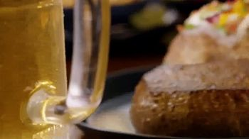 Outback Steakhouse Aussie 4-Course Meal TV Spot, 'With Lunch'