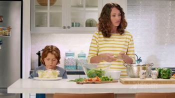 Mercury Insurance TV Spot, 'Dinner' - Thumbnail 8