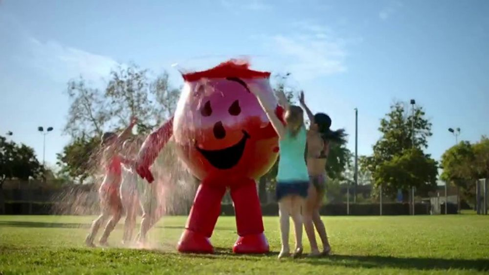 Kool-Aid Zero Sugar Jammers TV Commercial, 'Sprinkler'