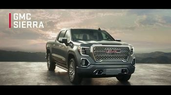 GMC Ring in the New Year TV Spot, 'Anthem' [T2] - Thumbnail 8