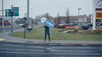 Progressive TV Spot, 'Sign Spinner: Directions' - Thumbnail 1