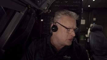Alaska Airlines TV Spot, 'Flight Training 101 With Our CFO' Featuring Russell Wilson - Thumbnail 4