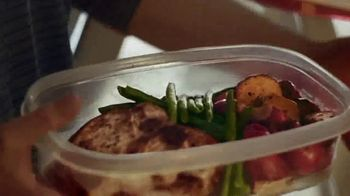Food Lion, LLC TV Spot, 'Circle of Savings' - Thumbnail 9