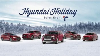 Hyundai Holidays Sales Event TV Spot, 'Lawn Mower' [T2] - Thumbnail 4