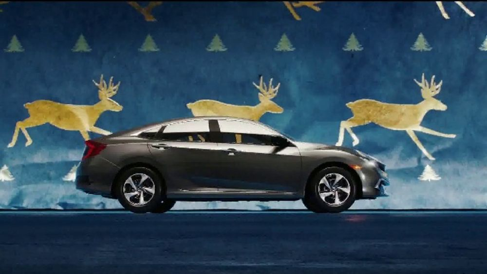 Happy Honda Days TV Commercial, 'Unwrap the Joy: Civic and Accord' Song by Earth, Wind and Fire [T2]