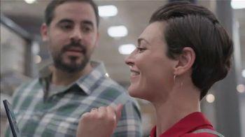 Lowe's Bath Savings Event TV Spot, 'Remodeling Team: Gift Card' - Thumbnail 7